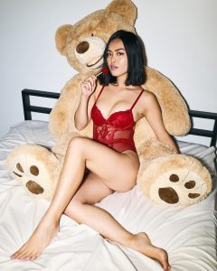 Joyce Chiu Nude Photo